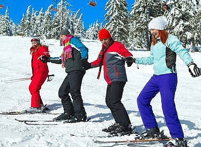 Group Ski-lessons for adult SKI-BEGINNERS 4 hours from 10:00-12:00 a.m., 1.00-3.00 p.m.